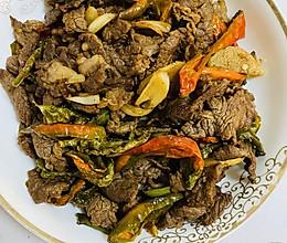 #餐桌上的春日限定#干辣椒炒牛肉的做法
