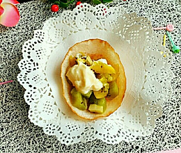 中西合并【饺子皮水果沙拉杯】的做法