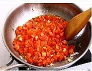 西红柿炖牛腩的做法图解4