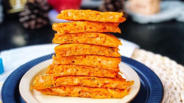 超有食欲的韩国泡菜饼❗辣☞鲜☞甜☞脆的做法