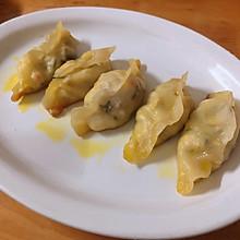 家庭版好吃的豆腐水煎饺