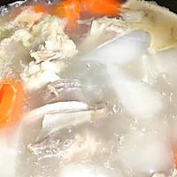 清炖羊排,老爸的拿手菜,汤鲜味浓,羊肉软烂,连萝卜都非常好吃的做法图解7