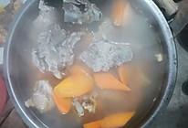 胡萝卜排骨番茄汤的做法