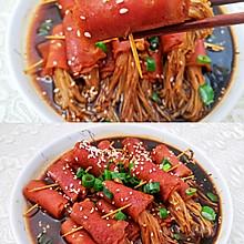好吃到爆的培根金针菇一次三碗饭都不够