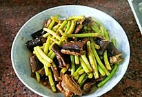 黄鳝爆炒蒜苔的做法