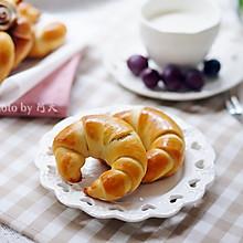 豆沙牛角面包
