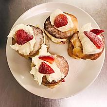应季水果--草莓奶油小蛋糕