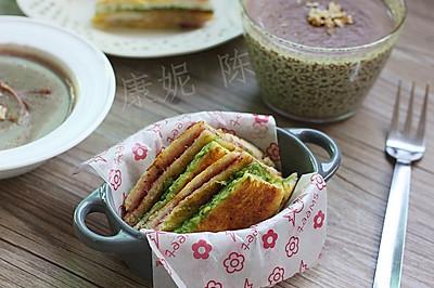 香煎牛油果三文治