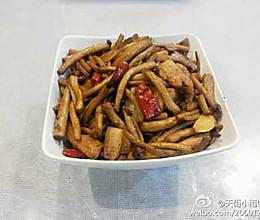 茶树菇炒肉的做法
