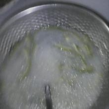 皮蛋苦瓜汤