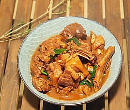 浓油赤酱的红焖鸭肉#吃货打卡季#的做法