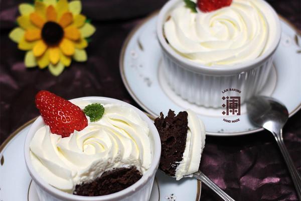 微波卡布奇诺蛋糕:给你一个下午茶的理由的做法