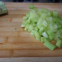 干锅青笋兔肉的做法图解3