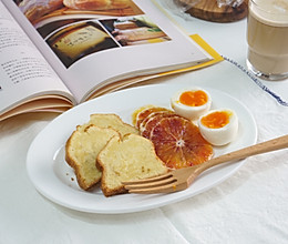 #秀出你的早餐#清爽美味的血橙磅蛋糕~的做法