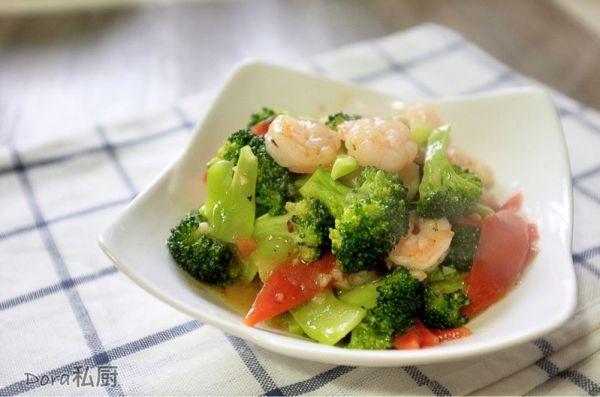 美味又营养的西兰花炒虾仁