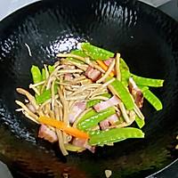 【孕妇食谱】腊肉炒茶树菇,香味扑鼻,味道鲜美超下饭~的做法图解7
