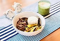 黑椒洋葱牛肉配虎皮青椒的做法