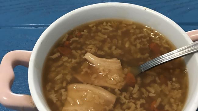 花胶枸杞糯米粥的做法