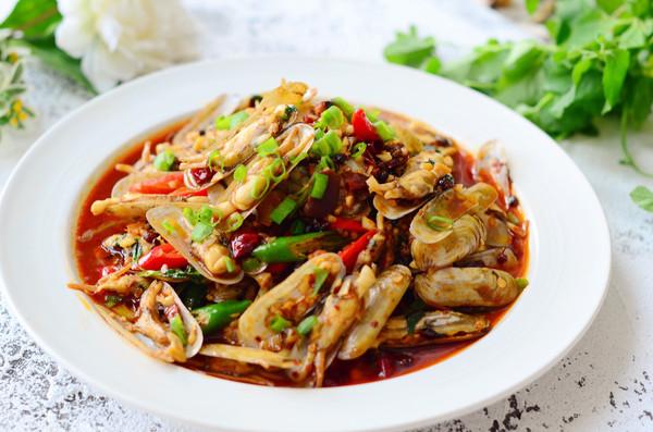 鲜味辣炒蛏子-下酒菜的做法