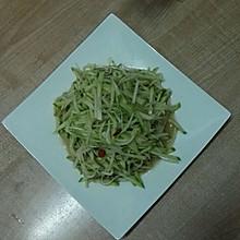 凉拌萝卜丝(时令菜)