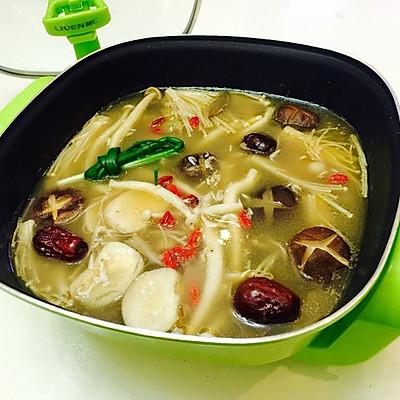 鲜香菌菇火锅汤底
