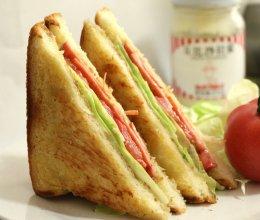 火腿三明治的做法