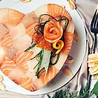 趁着七夕来表白:一份浪漫鱼生蛋糕送给你最爱的那个人