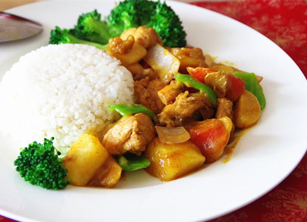 营养快手菜--咖喱鸡肉饭的做法