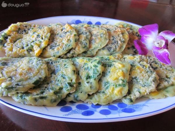 韭菜玉米饼的做法