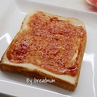 吐司批萨-5分钟搞定超简易的营养早餐的做法图解2