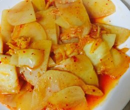 快手辣白菜炒土豆片的做法