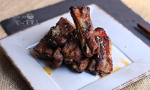 【黑椒酱烤排骨】——零厨艺也能烤出超美味的做法