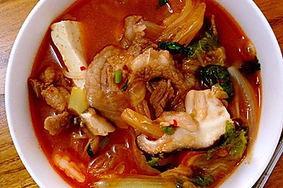 泡菜肥牛汤