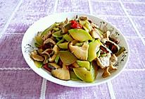 西葫芦香菇炒肉片#鲜香滋味 搞定萌娃#的做法