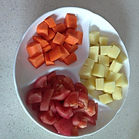番茄土豆胡萝卜炖牛腩的做法图解3