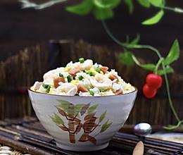 #《风味人间》美食复刻大挑战 #鹅蛋虾仁蒜薹炒饭的做法