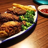 美国南方香酥炸鸡(配炸薯条和蔬菜沙拉)的做法图解8