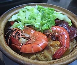 海鲜腊味砂锅饭的做法