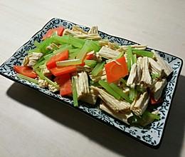 凉拌芹菜腐竹的做法