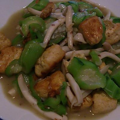 丝瓜白玉菇炒豆腐