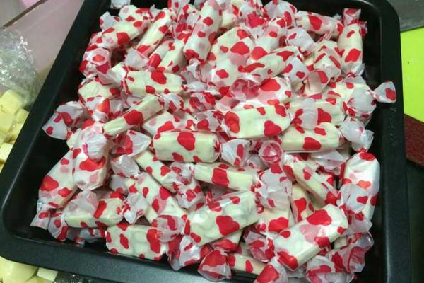 手工制作牛轧糖(第二次制作)的做法