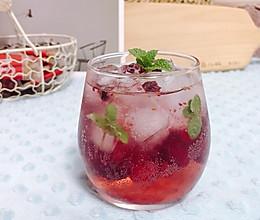 #轻饮蔓生活#蔓越莓气泡饮的做法