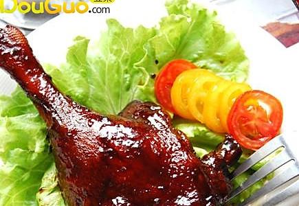 在家轻松做出酒店级别的美味鸭肉:酱鸭的做法