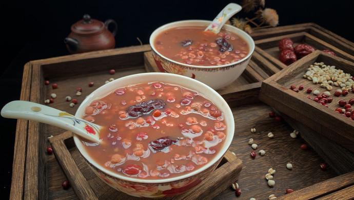 #一人一道拿手菜#红豆薏仁粥