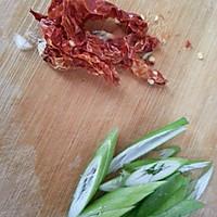 白萝卜炒粉条的做法图解2