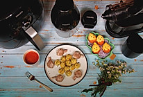 香芋牛肉棒、土豆奶酪球、胡萝卜苹果汁、小鸡蛋糕的做法