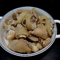 猪蹄儿焖黄豆的做法图解4