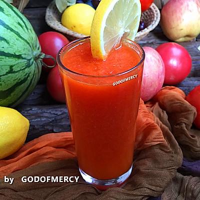 夏季美容美体的秘密:原汁原味的木瓜胡萝卜汁