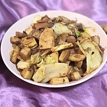 五花肉焖冬笋大白菜