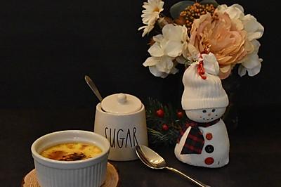 超简单三种食材法式焦糖布丁